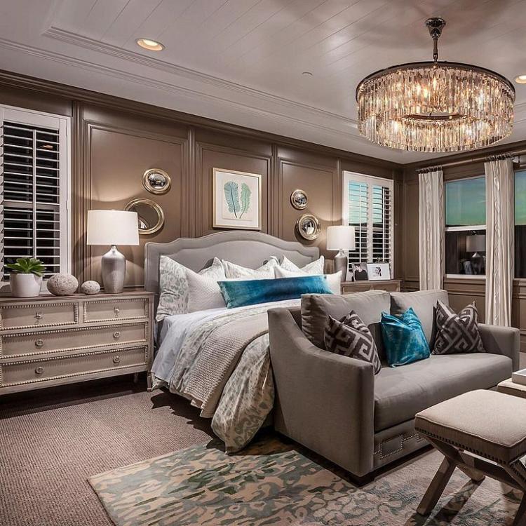 Bedroomdesign Ideas: Luxury Bedroom Chandeliers Designs