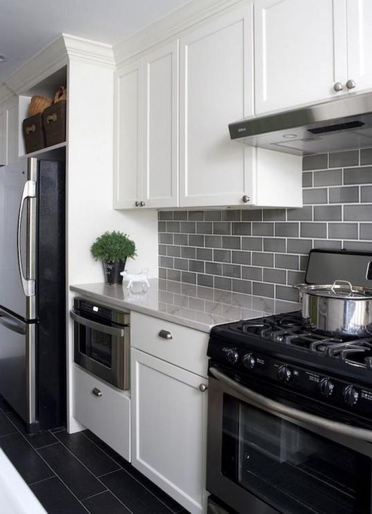 40 Beautiful Grey Kitchen Backsplash Ideas